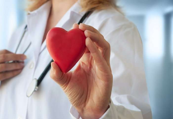 Lowering cholesterol to 'levels of a new-born' cuts heart attack risk