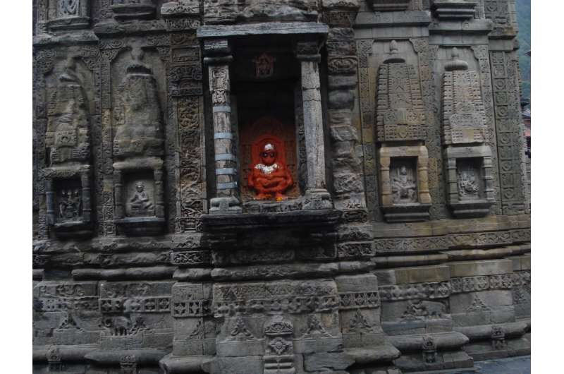 Ancient temples in the Himalaya reveal signs of past earthquakes