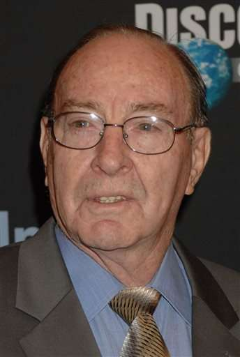 Astronaut Edgar Mitchell, 6th man on moon, dies in Florida