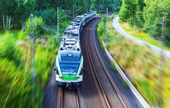 Batteries from parked electric vehicles could reduce costs for train commuters
