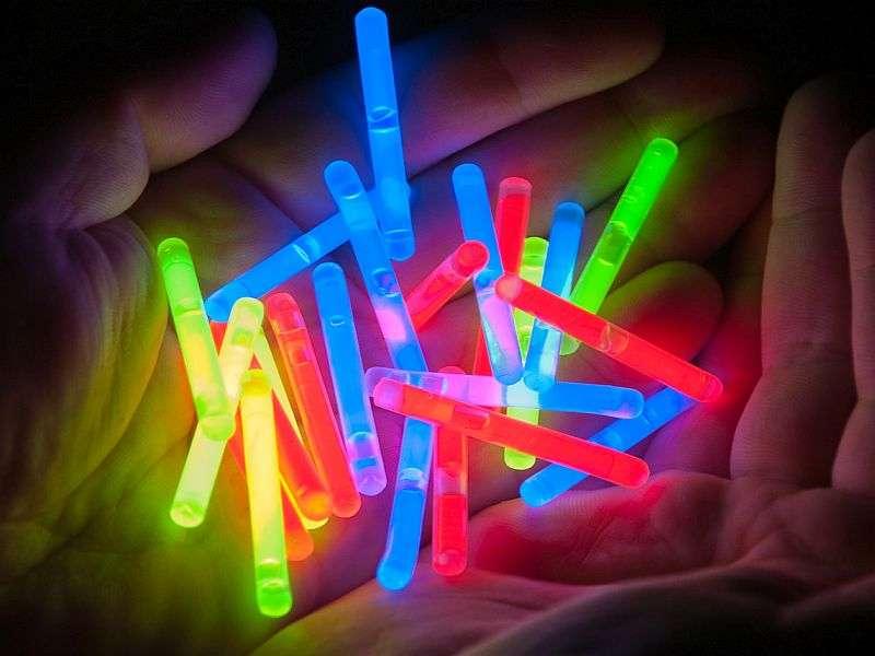 Beware broken glow sticks