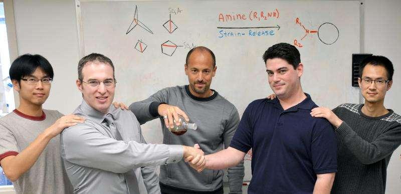 Chemists devise powerful new method for modifying drug molecules