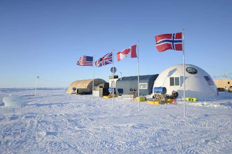 Cold front: ONR researchers explore arctic land and sea at Navy ICEX