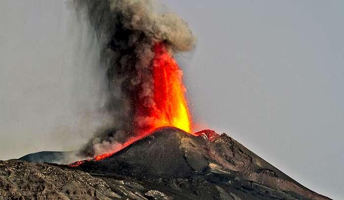Dinosaur die-off not a result of volcanoes, study says