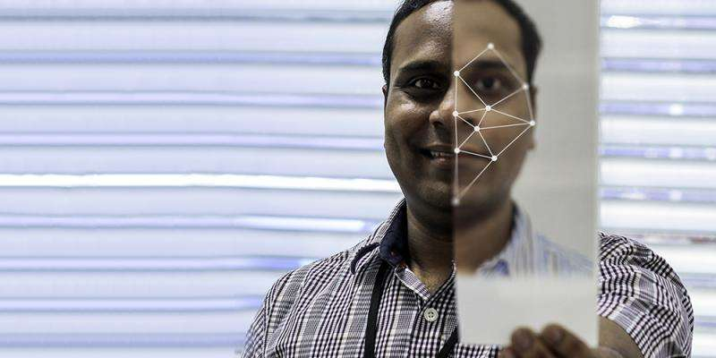 Faster airport queues with facial recognition
