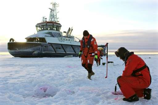 Fearing an oil spill in its own Baltic Sea, Finnish authorities are racing to develop an efficient response to a spill in icy co