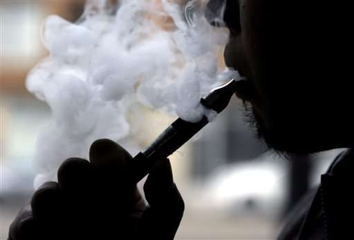 Health agency takes on advertising for electronic cigarettes