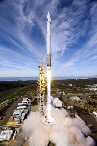 High-res commercial satellite launches from California coast