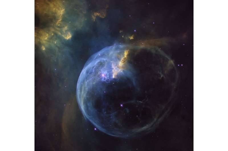 Hubble captures birthday bubble