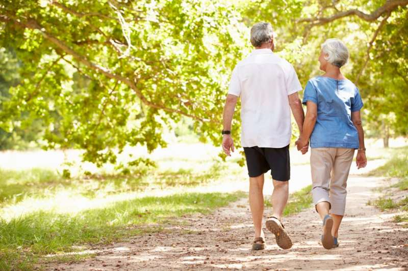 Intimate and social relationships important for older adults in assisted living, study finds