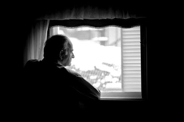 Low-income seniors report worse health, more depression and less access to care