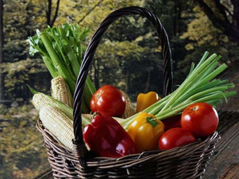 Mediterranean diet may help lower hip fracture risk in older women