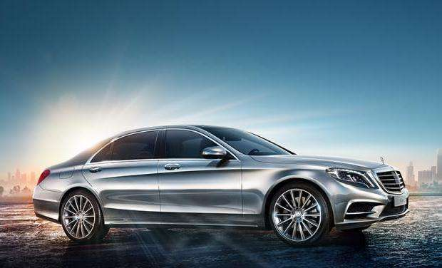 Mercedes eyes humans, not robots, for S-Class customization