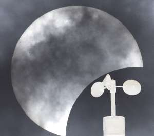 Mystery of 'eclipse wind' solved after 300 years