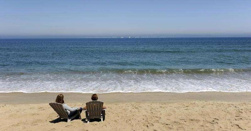Near-shore wind farms would have big impact on coastal tourism