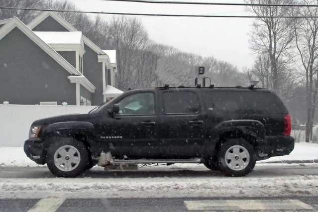 Pinpointing vehicles with high precision under adverse weather conditions