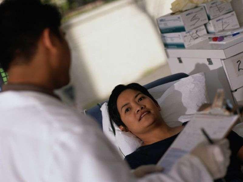 Postpartum women prefer delayed physician rounding