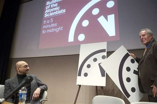 """Scientists to announce """"Doomsday Clock"""" time"""