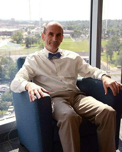 SLU scientist helps move structural biology into 'big data' era