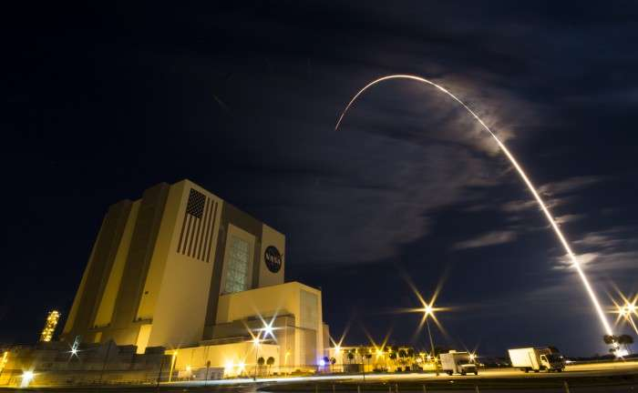 Streaks galore as Cygnus soars, chasing station for science