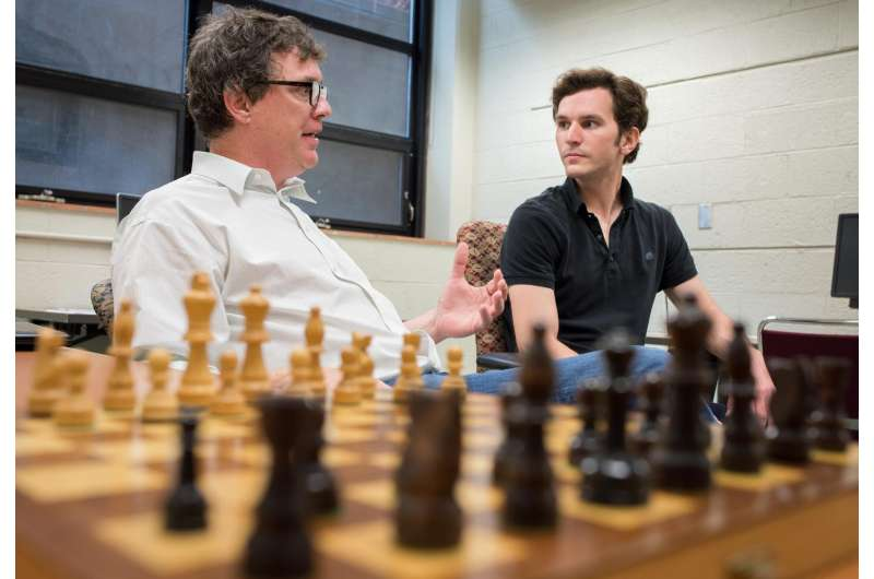 Study links intelligence and chess skill