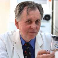 UWA Nobel Laureate develops drug to prevent food allergies