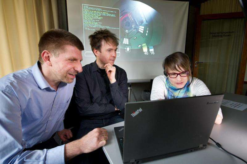 Voice-driven games: Dialog Box supports collaborative gaming in multilingual environment