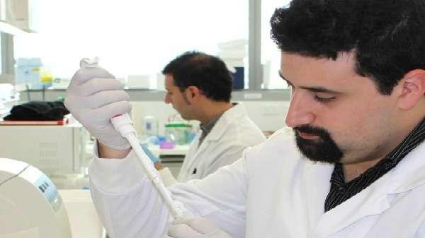 Waking up dormant tumour suppressor genes