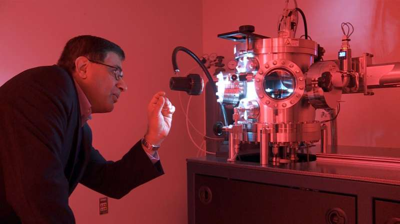 Working under pressure: Diamond micro-anvils with huge pressures will create new materials