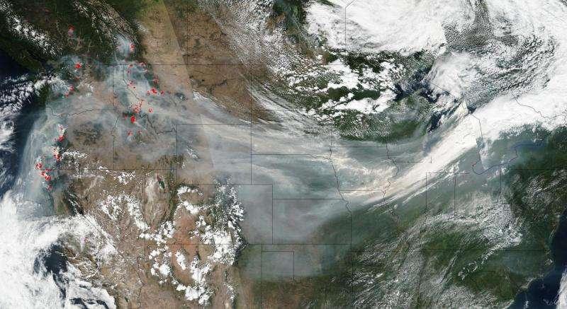 Image: Wildfire smoke crosses U.S. on jet stream