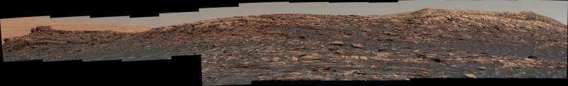 NASA's Curiosity Mars rover climbing toward ridge top