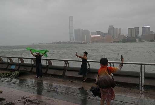 Powerful typhoon kills at least 3 in Macau