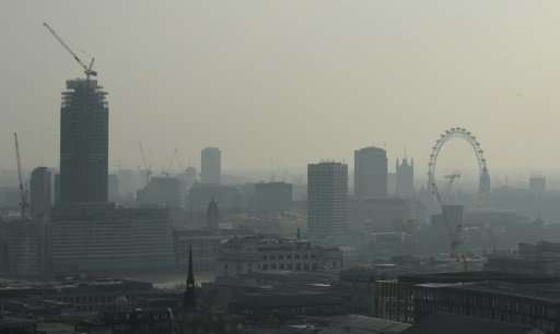 Air pollution causes thousands of premature deaths