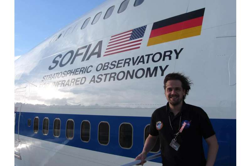 Searching for distant worlds with a flying telescope
