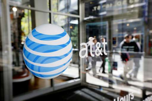 17,000 AT&T workers will come back on the job Thursday