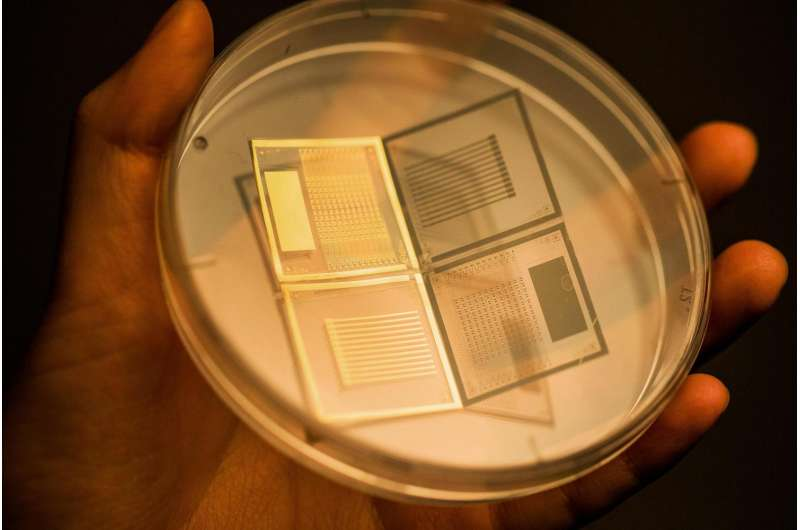 A novel method for the fabrication of active-matrix 3-D pressure sensors