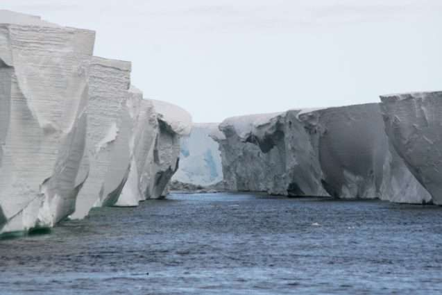 Antarctic ice-mapping project will fly for the last time in October