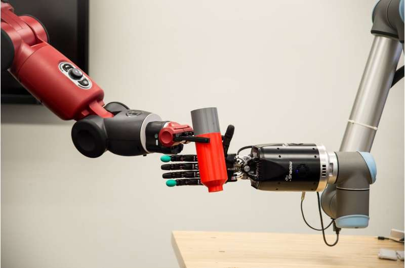 Bioengineered robotic hand with its own nervous system will sense touch