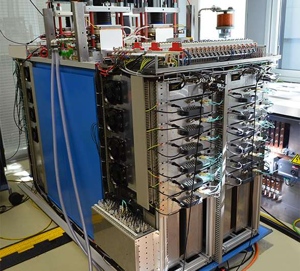 High voltage for tomorrow's particle accelerator