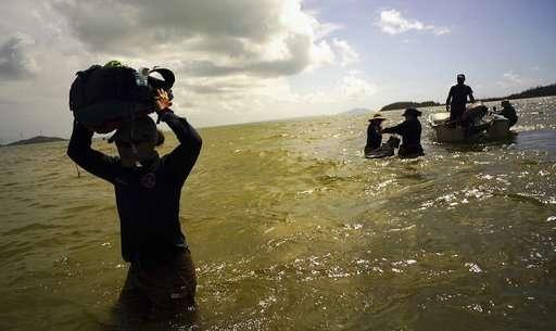 Hurricane mauled PR's renowned Monkey Island research center