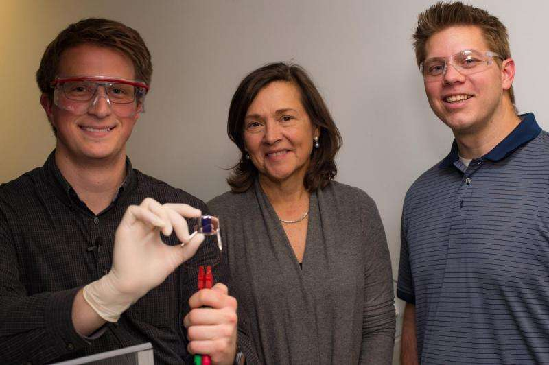 Nanophotonics team creates low-voltage, multicolor, electrochromic glass