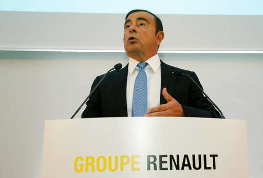Renault wants half its cars to be electric or hybrid in 2022
