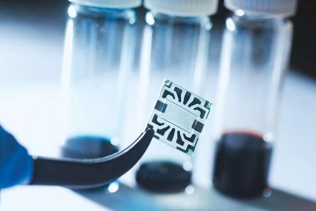 Novel technique using graphene to create solar cells