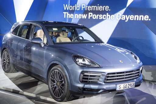 Diesels on display in Frankfurt auto show despite scandal
