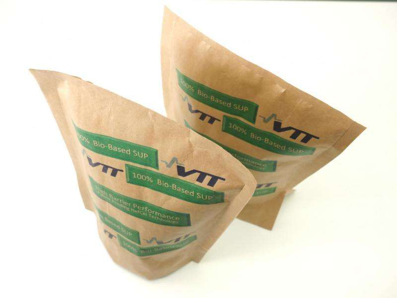 Stand-up pouches from renewable raw materials and nanocellulose