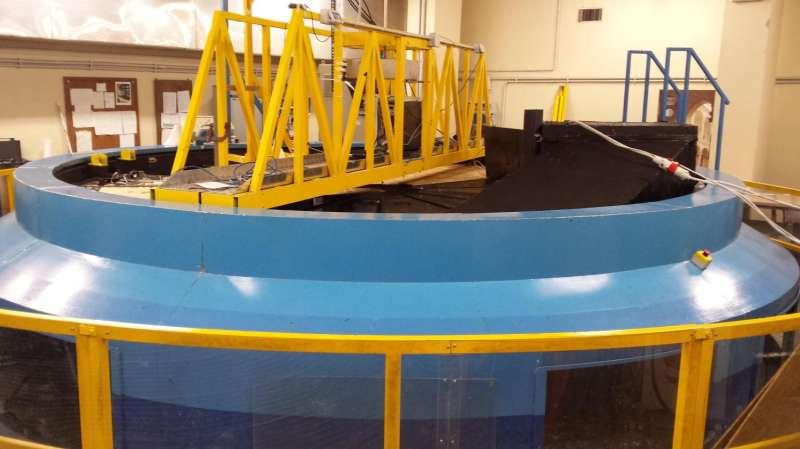 Unique wave tank helps scientists understand threat of rogue ocean waves