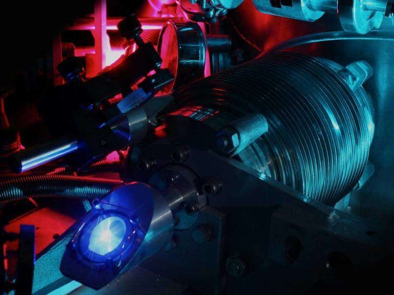 Researchers confirm the small value of the proton radius determined from muonic hydrogen