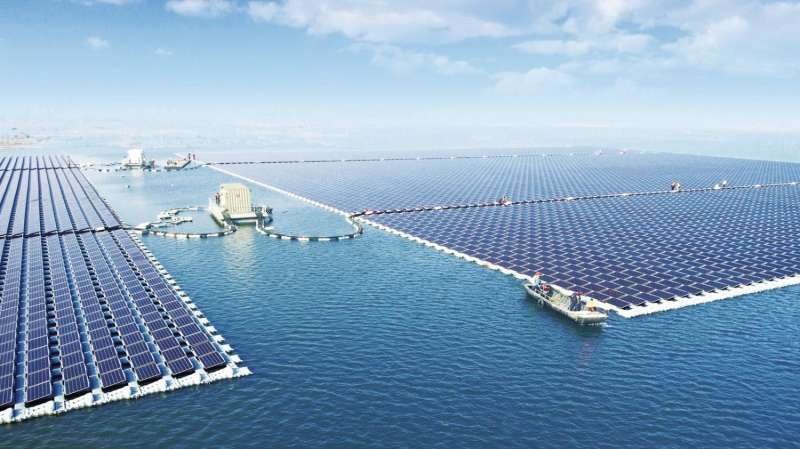 Floating solar power plant in China connected to grid