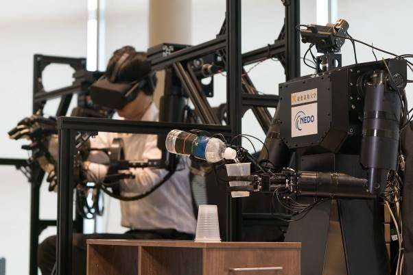 Touch-sensitive avatar-robotic arm based on real time haptics