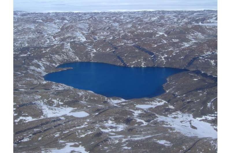 Antarctic salt-loving microbes provide insights into evolution of viruses